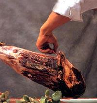 Sixième étape de la découpe de jambon Ibérique - Pata Negra
